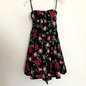 Betsy Johnson strapless, floral mini dress, size 4